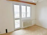 2+1 s balkonem, 49 m2,  ul. náměstí SNP, Kynšperk nad Ohří